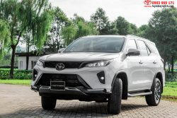 Toyota Fortuner Legender 2-4AT 4x2