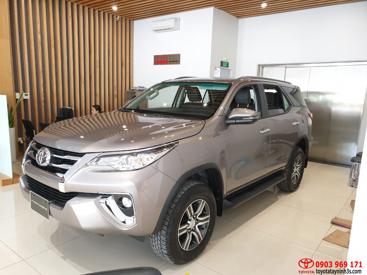 toyota fortuner 2.4at